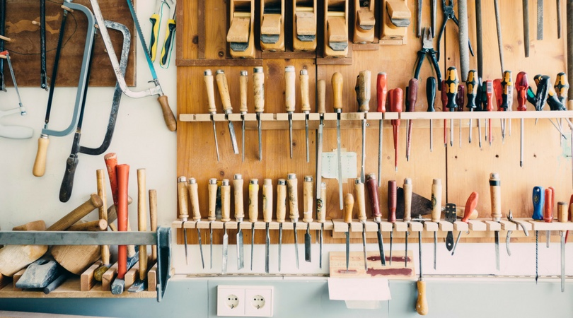 A Look Inside My Decorating Toolbox