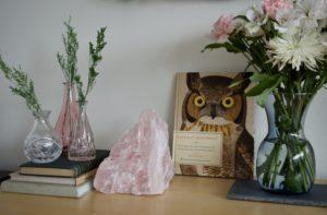Natural decor quartz vase greens geodes flowers nature decor design dresser style